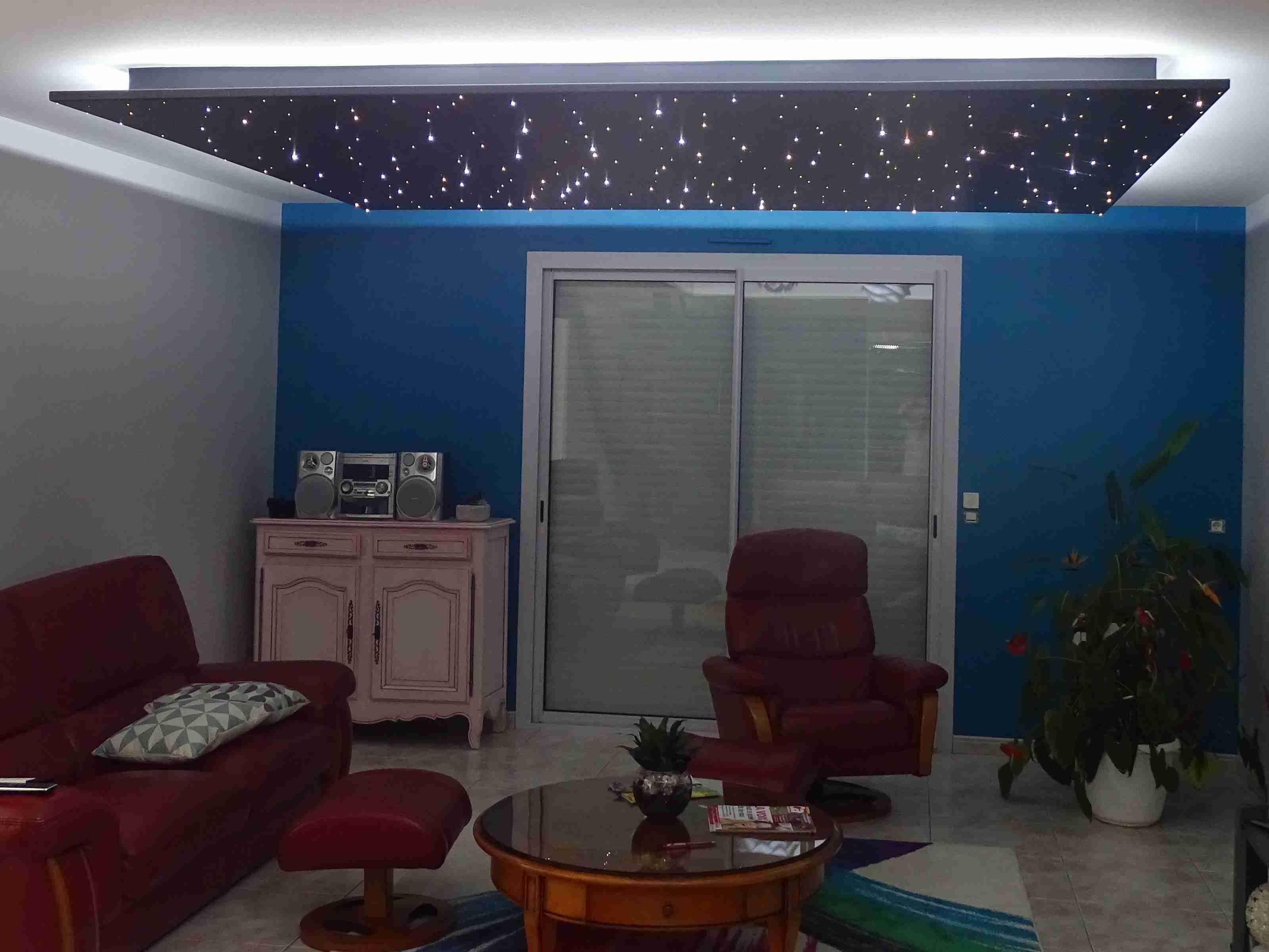 Abgehängte Decke mit LED Sternenhimmel von PIXLUM