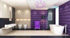 Badezimmer mit LED Lichtdekorationen an der Decke