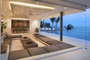 Abgehängte Decke mit PIXLUM LED-Sternenhimmel in einem Wohnzimmer mit zusätzlicher Hinterleuchtung